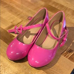 Girls Size 3 pink patent Mary Janes